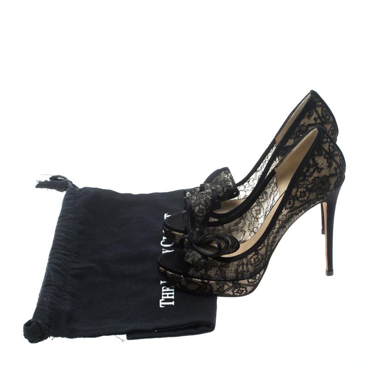 b2ecbb05b8 Valentino Black Floral Couture Bow Lace Peep Toe Platform Pumps Size 37 For  Sale at 1stdibs