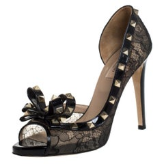 Valentino Black Lace And Patent Leather Rockstud Bow D'orsay Pumps Size 40