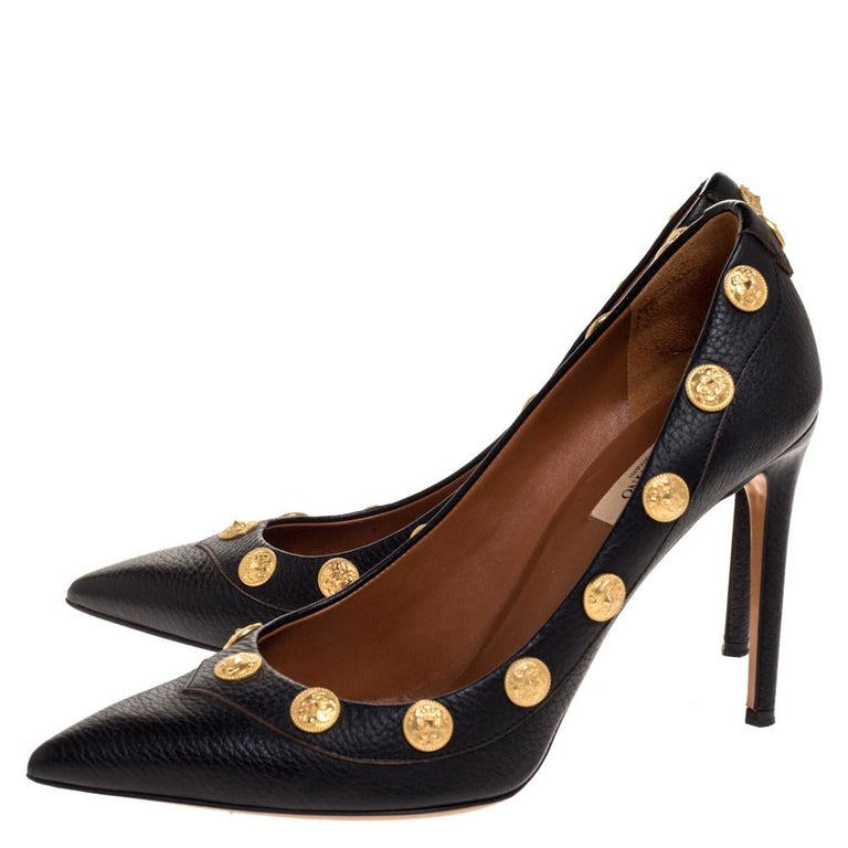 Women's Valentino Black Leather Coin Embellished Pointed Toe Pumps Size 39.5 For Sale