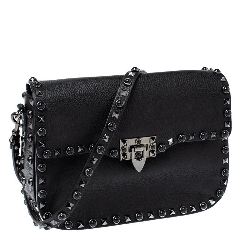 Women's Valentino Black Leather Guitar Rockstud Rolling Crossbody Bag For Sale
