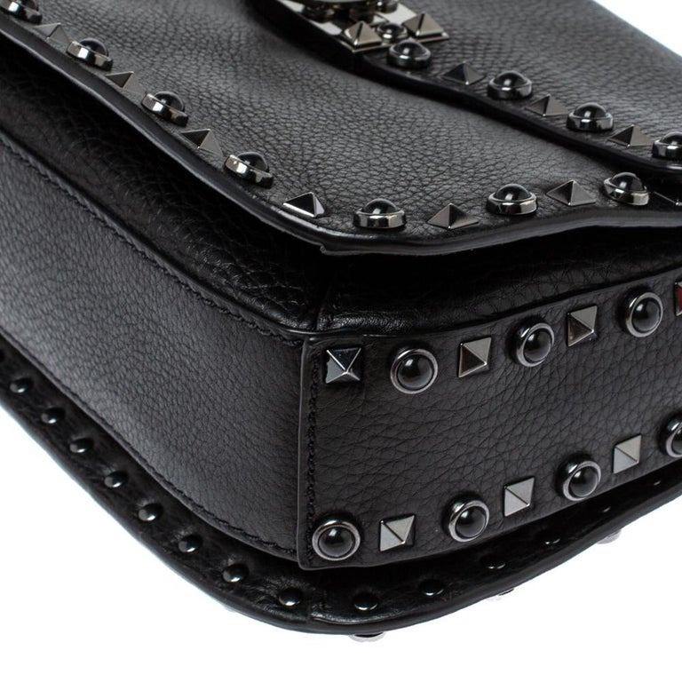 Valentino Black Leather Guitar Rockstud Rolling Crossbody Bag For Sale 2