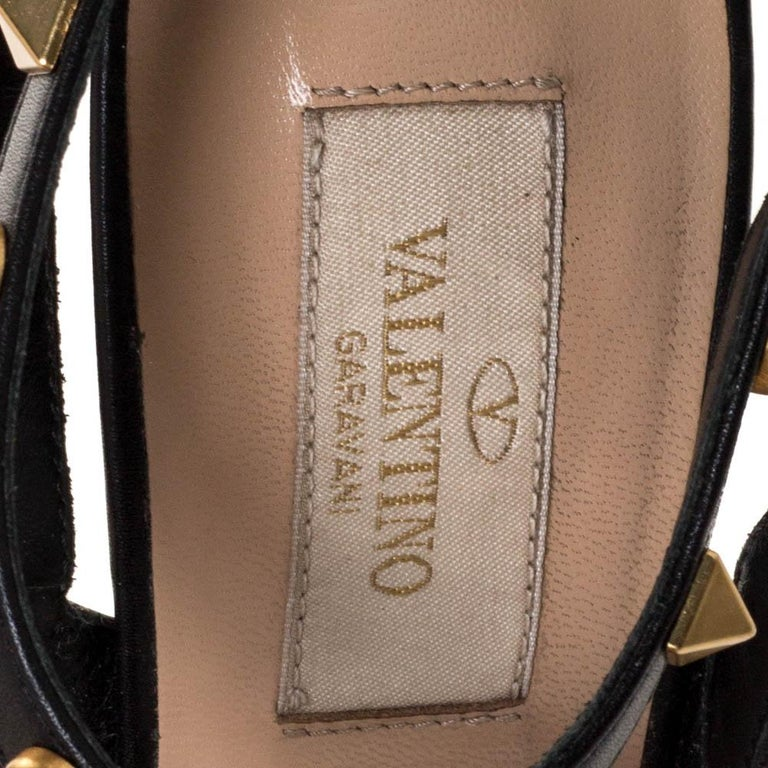 Valentino Black Leather Rockstud Rolling Ankle Strap Sandals Size 37.5 For Sale 2