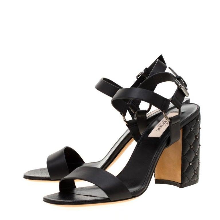 Women's Valentino Black Leather Rockstud Spike Block Heel Sandals Size 39