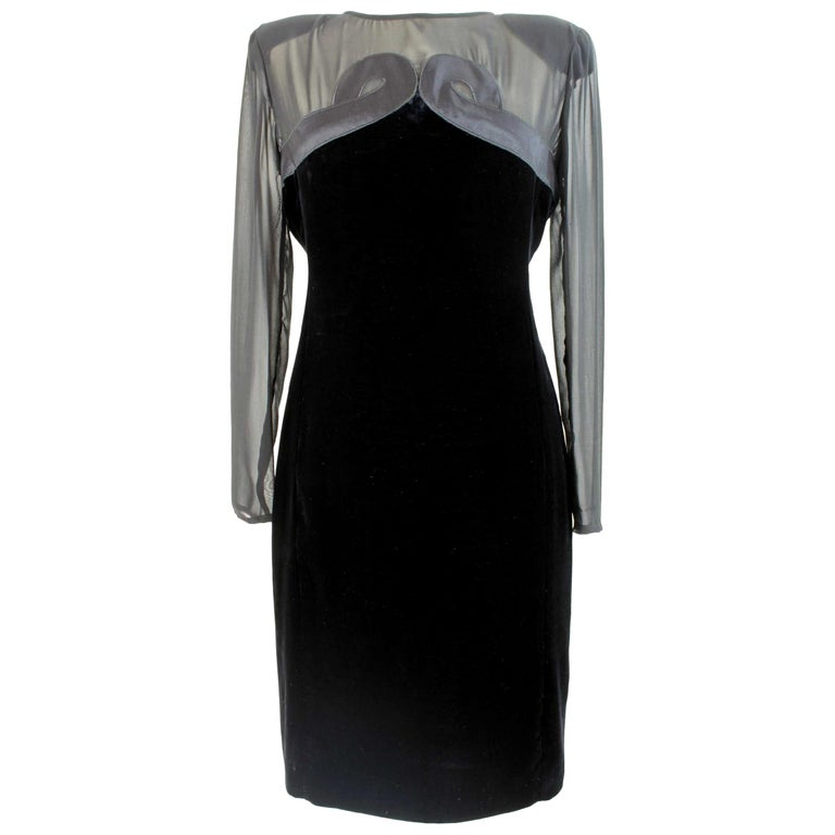 Valentino Black Silk Velvet Evening 1990s Party Cocktail Elegant Sheath Dress  For Sale