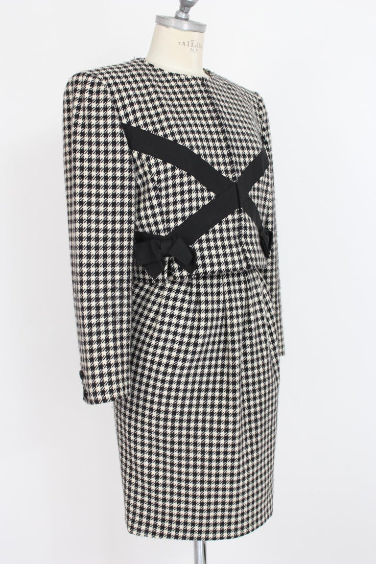 Women's Valentino Boutique Black White Wool Houndstooth Evening Skirt Suit 1980s For Sale