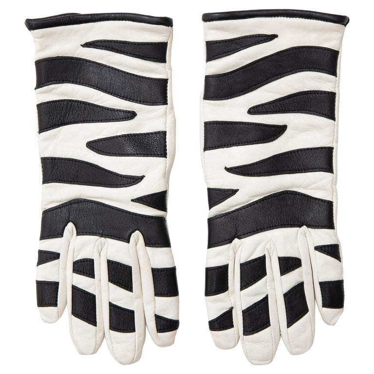Valentino Boutique Chamois Zebra-Motif Cashmere Lined Gloves, Spring, 1988 For Sale