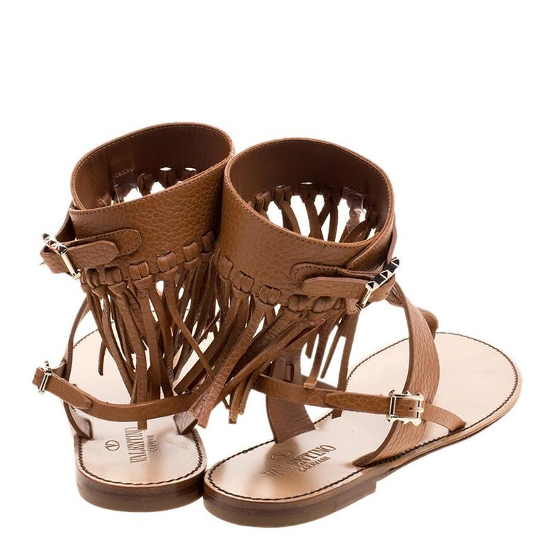 Valentino Brown Leather Fringe Detail Ankle Wrap Flat Sandals Size 37.5 In New Condition For Sale In Dubai, Al Qouz 2