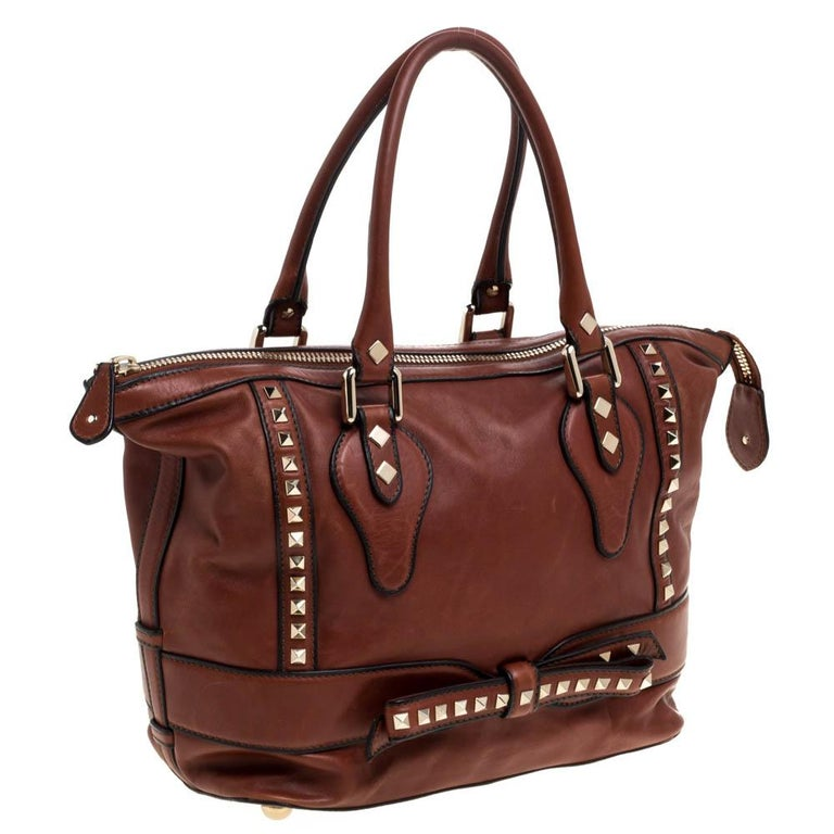 Women's Valentino Brown Leather Rockstud Bow Zip Tote For Sale