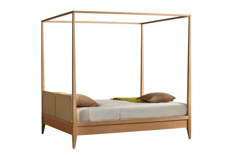 Valentino Canopy Bed Made of Cherrywood with Upholstered Headboard For Sale 1