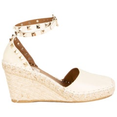 VALENTINO cream white leather ROCKSTUD Wedge Sandals Shoes 36