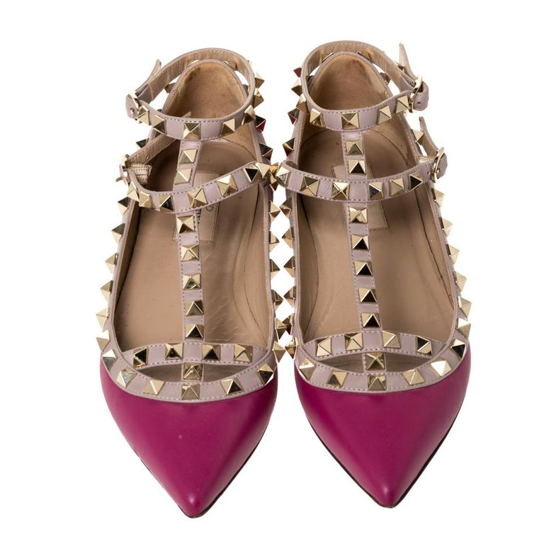 Valentino Dark Magenta Leather Rockstud Cage Ballet Flats Size 36 In Good Condition For Sale In Dubai, Al Qouz 2