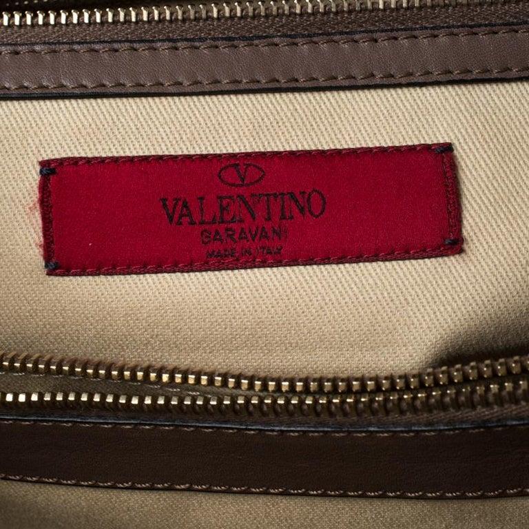 Valentino Dark Taupe Leather Demetra Tote In Good Condition For Sale In Dubai, Al Qouz 2