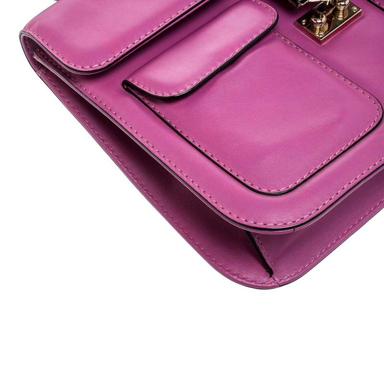 Valentino Fuschia Leather Rockstud Large Glam Lock Top Handle Bag For Sale 5