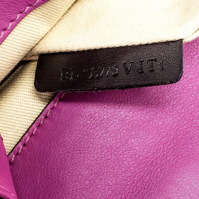 Valentino Fuschia Leather Rockstud Large Glam Lock Top Handle Bag For Sale 1