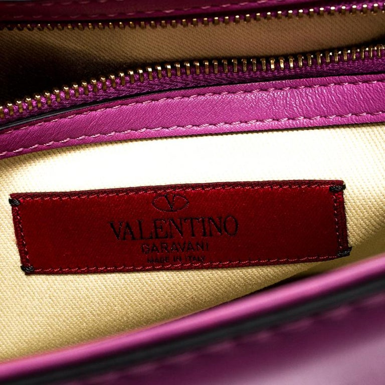 Valentino Fuschia Leather Rockstud Large Glam Lock Top Handle Bag For Sale 2