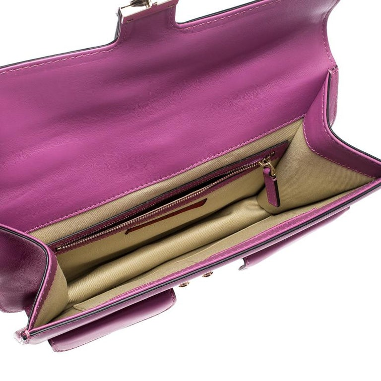 Valentino Fuschia Leather Rockstud Large Glam Lock Top Handle Bag For Sale 3