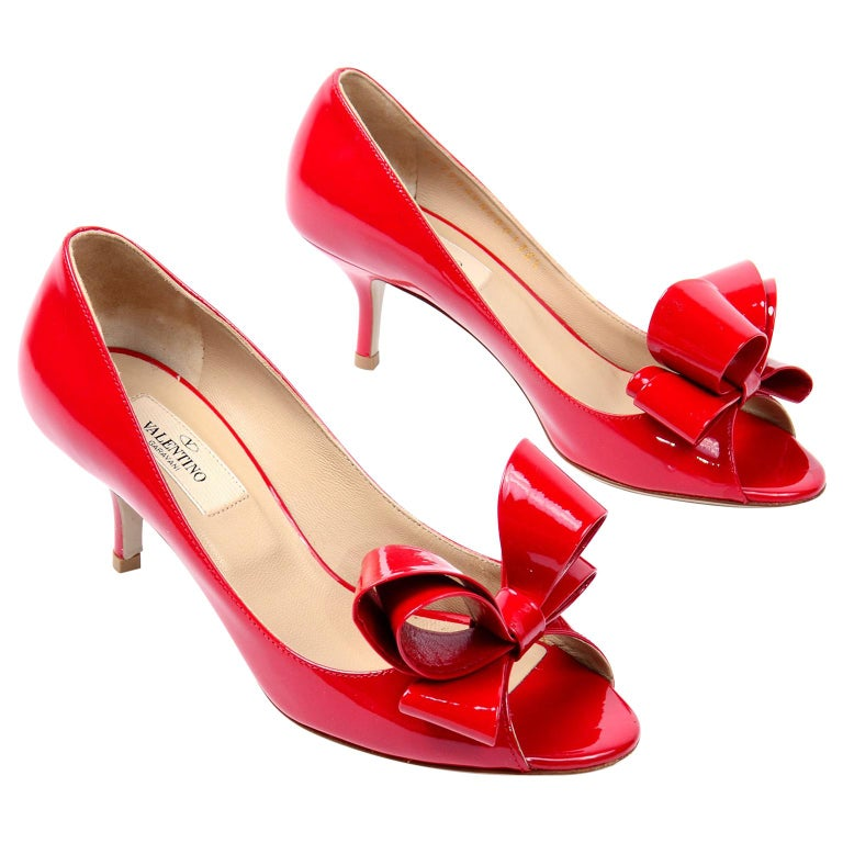 """Valentino Garavani Red Leather Bow Shoes With 2.5"""" Heels For Sale"""