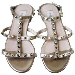 Valentino Garavani Rockstud Textured-Leather Sandals