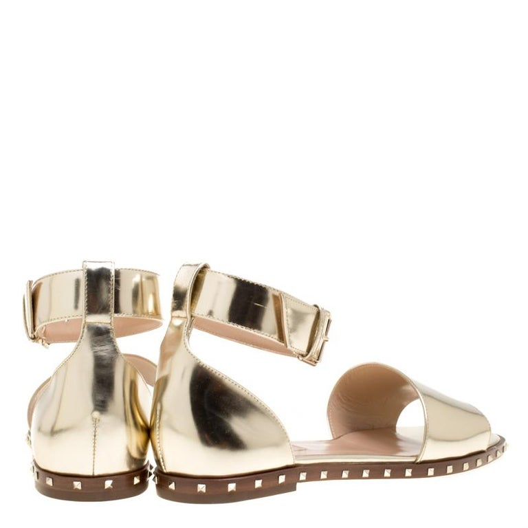 dce4820639db Valentino Gold Leather Soul Rockstud Ankle Strap Flat Sandals Size 37.5 For  Sale 1