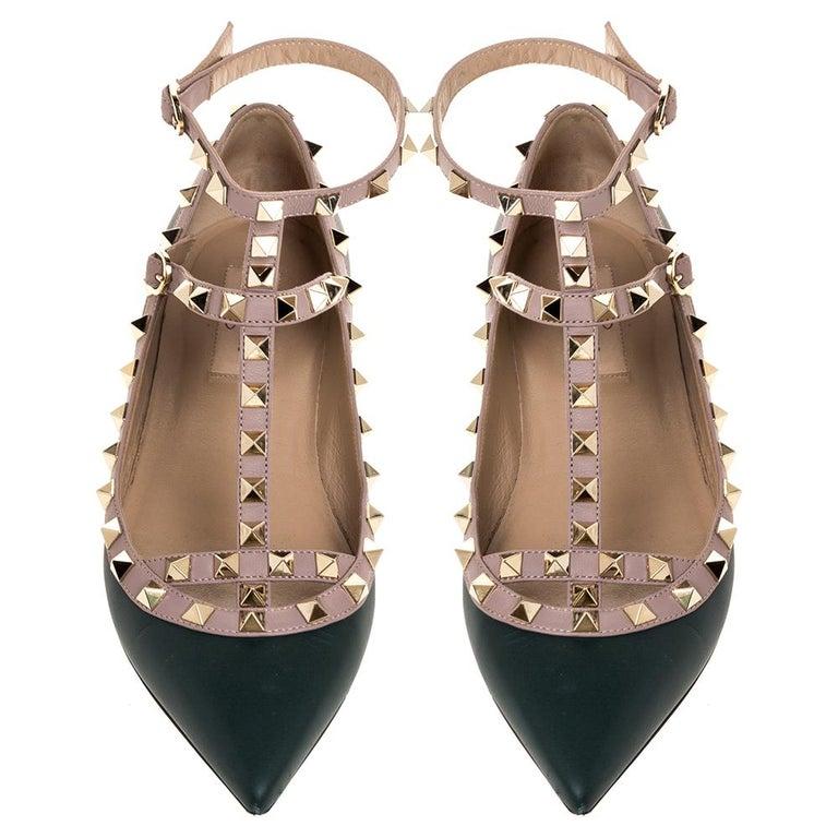 Valentino Green Leather Rockstud Ankle Strap Ballet Flats Size 37.5 In Good Condition For Sale In Dubai, Al Qouz 2