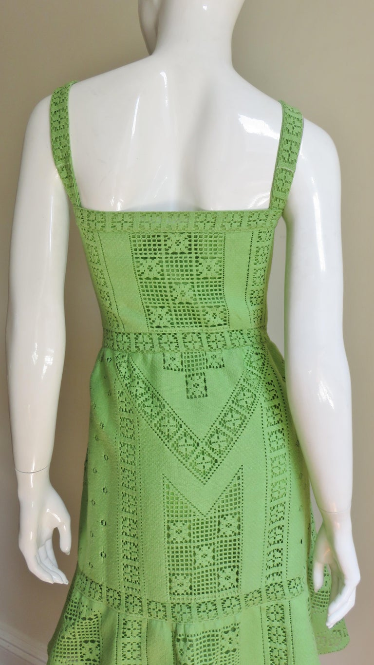 Valentino New Guipure Lace Dress For Sale 4