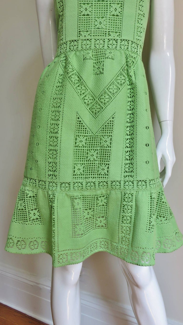 Women's Valentino New Guipure Lace Dress For Sale