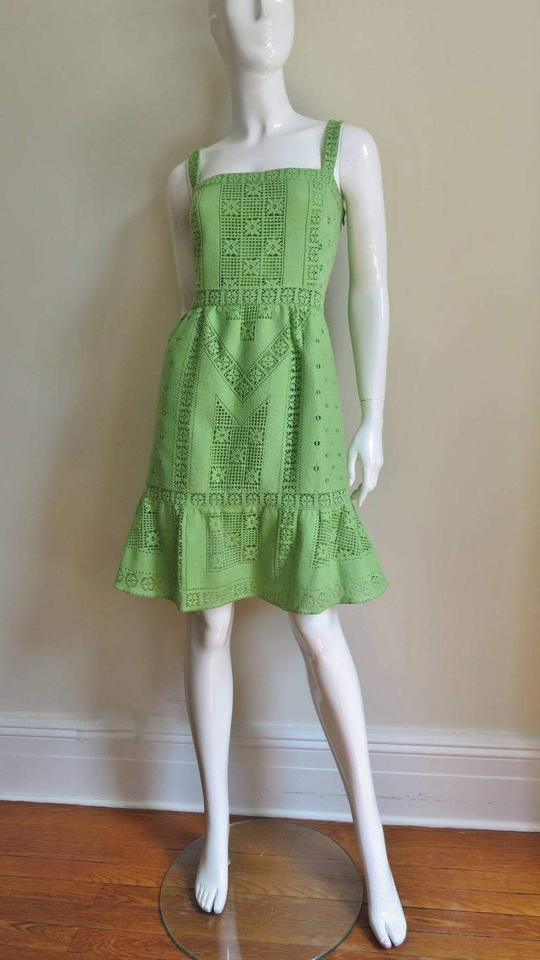 Valentino New Guipure Lace Dress For Sale 2