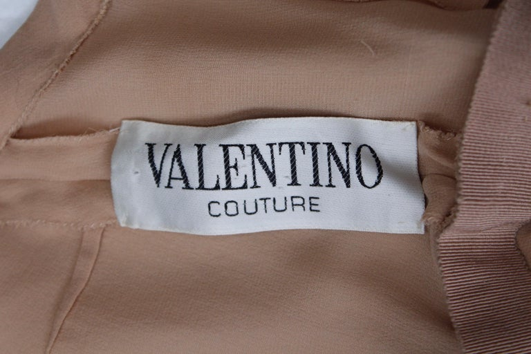 Valentino Haute Couture gorgeous beige silk chiffon cocktail dress with embroide For Sale 11