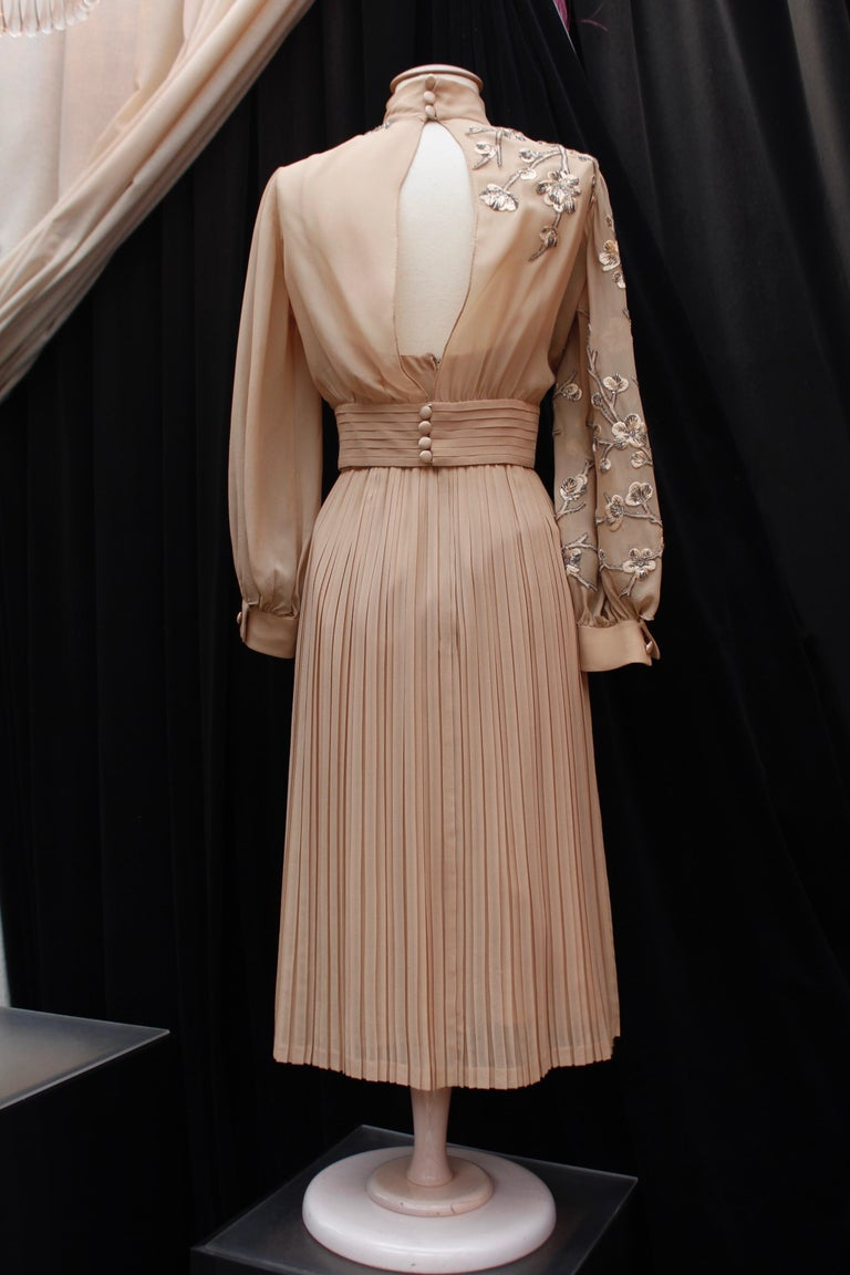 Beige Valentino Haute Couture gorgeous beige silk chiffon cocktail dress with embroide For Sale