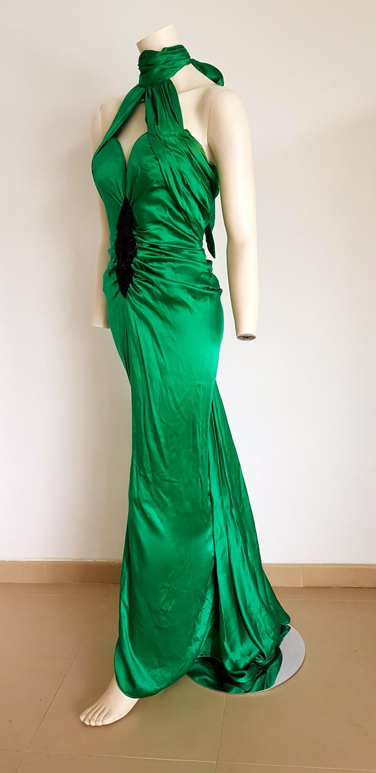 VALENTINO Haute Couture Green Silk Gown Evening Dress - Unworn, New In New Condition For Sale In Somo (Santander), ES