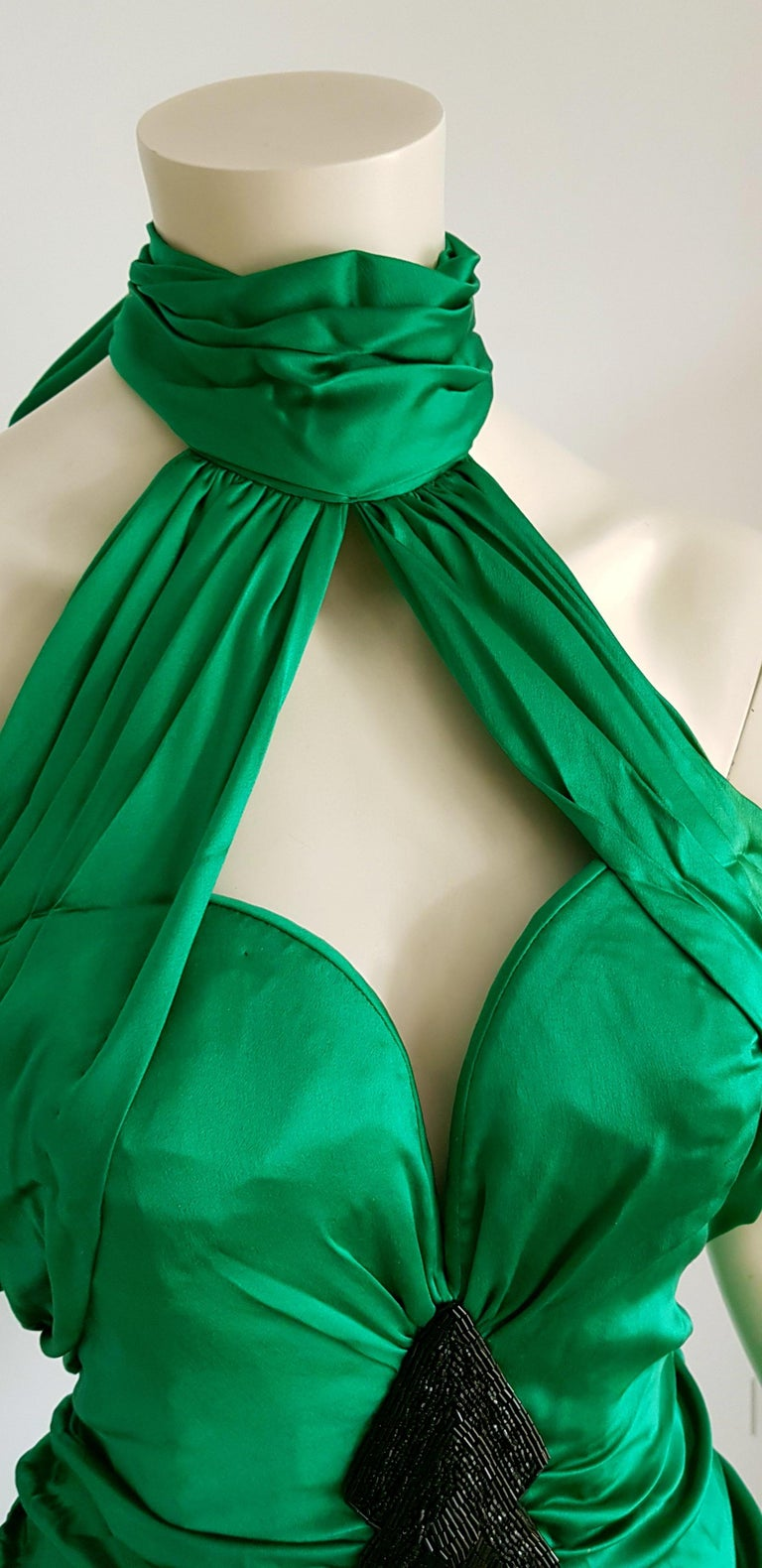 VALENTINO Haute Couture Green Silk Gown Evening Dress - Unworn, New For Sale 3
