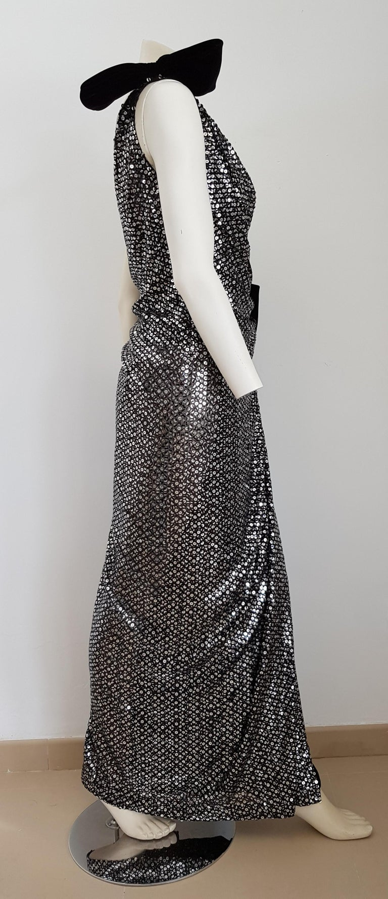 VALENTINO Haute Couture, sequins, silk velvet, black gown dress - Unworn, New For Sale 2