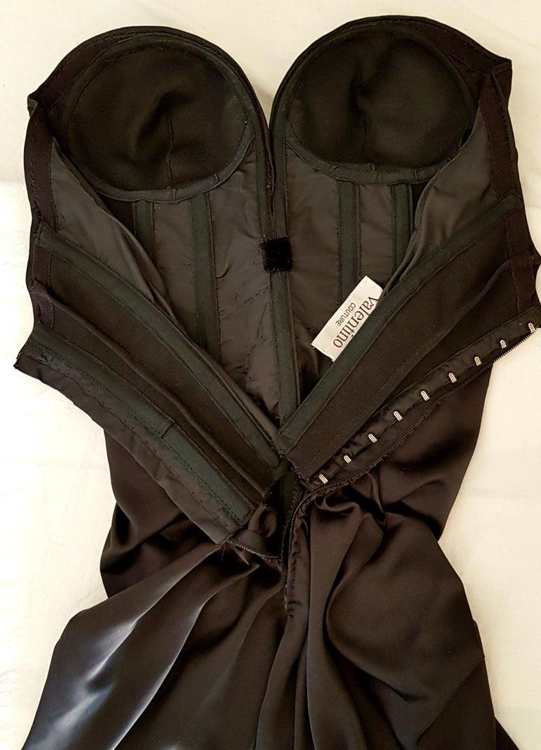 VALENTINO Haute Couture Swarovski Diamonds Drop in Front, Silk Gown- Unworn, New For Sale 6