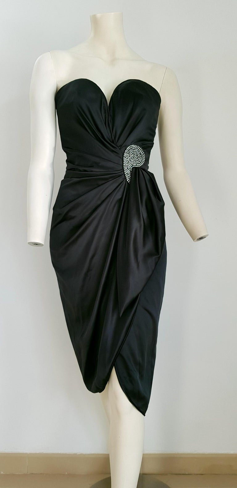 VALENTINO Haute Couture, swarovski diamonds drop in front, silk satin anthracite gown - Unworn, New  SIZE: equivalent to about Small / Medium, please review approx measurements as follows in cm: lenght 99, chest underarm to underarm 50, bust