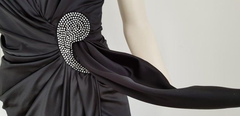 VALENTINO Haute Couture Swarovski Diamonds Drop in Front, Silk Gown- Unworn, New For Sale 4