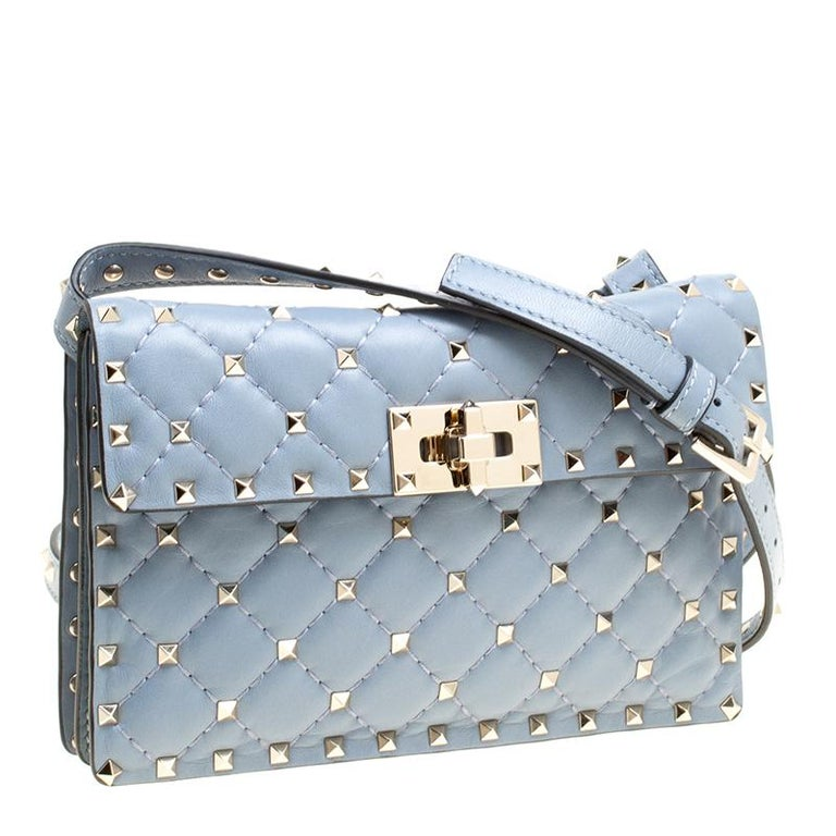 Valentino Light Blue Leather Rockstud Spike Crossbody Bag In Excellent Condition For Sale In Dubai, AE