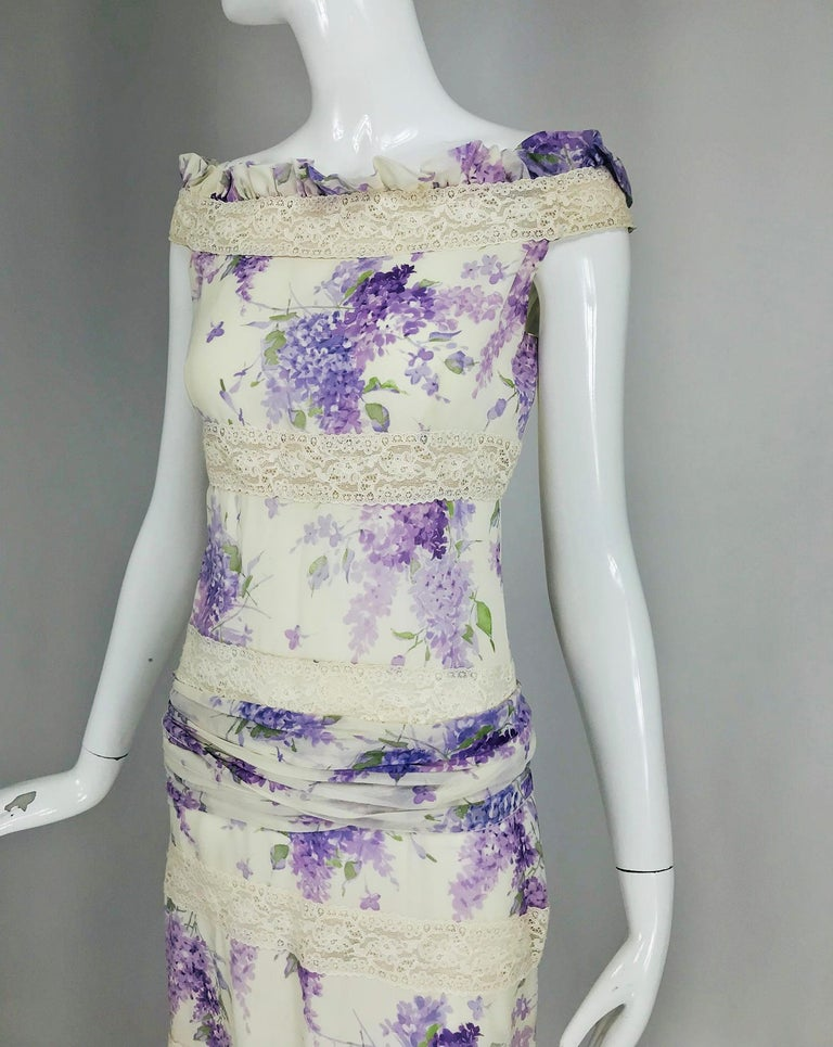 Valentino Lilac Print Silk Crepe Chiffon and Lace Maxi Dress  For Sale 8