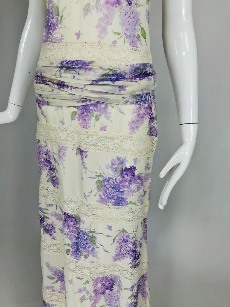 Valentino Lilac Print Silk Crepe Chiffon and Lace Maxi Dress  For Sale 9