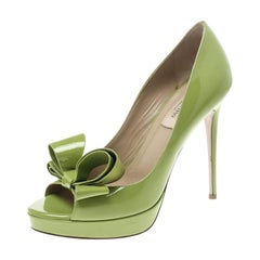 Valentino Lime Green Patent Leather Couture Bow Peep Toe Platform Pumps Size 38