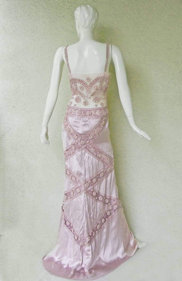 Valentino Hand Embroidered Lilac Runway Evening Gown Dress   New! For Sale 1