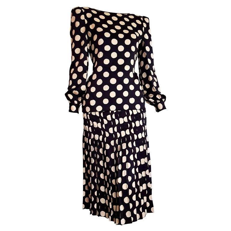 "VALENTINO ""New"" Haute Couture Black Silk White Polka Dots Flower on Back- Unworn For Sale"