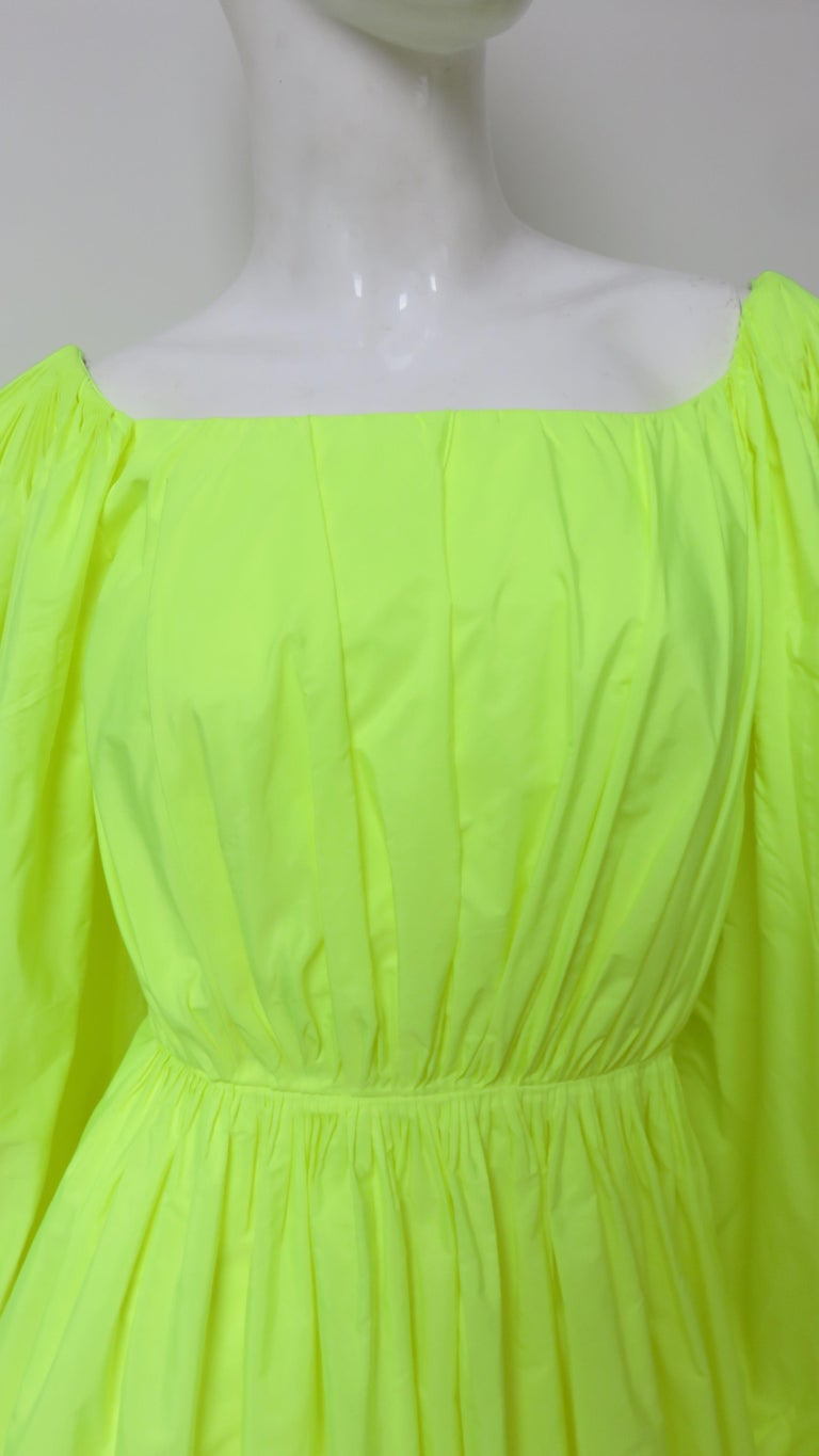 Valentino New Neon Dress In New Condition For Sale In Water Mill, NY