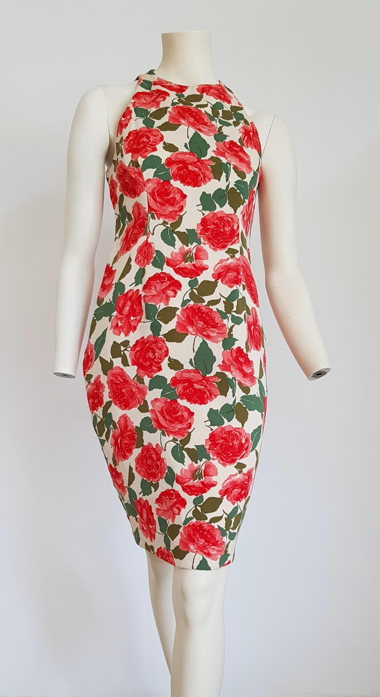 VALENTINO white with red roses designs sleeveless silk dress - Unworn, excellent condition  SIZE: equivalent to about Small / Medium, please review approx measurements as follows in cm: lenght 98, chest underarm to underarm 48, bust circumference