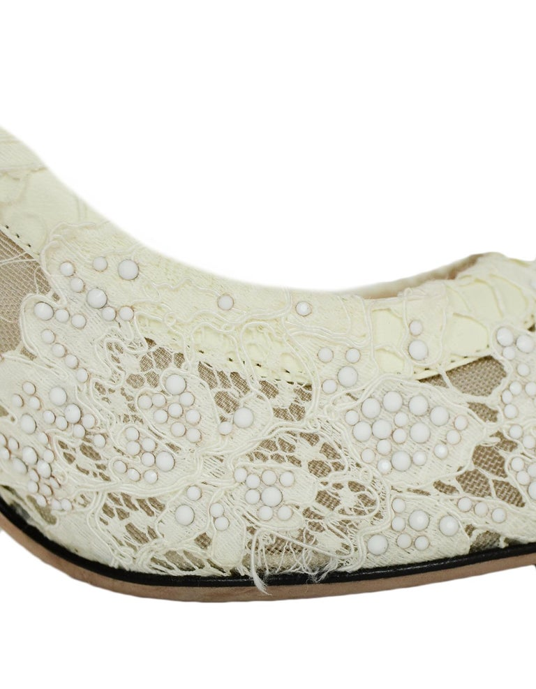 Valentino off-White Lace/Crystal Point Toe Pumps sz 39 For Sale 1