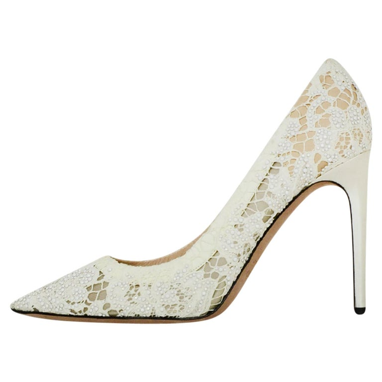 Valentino off-White Lace/Crystal Point Toe Pumps sz 39 For Sale