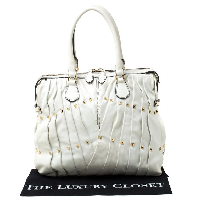 Valentino Off White Leather Maison Pintucked Shopper Tote For Sale 6