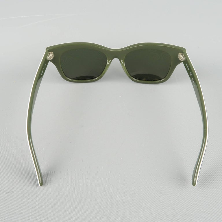 VALENTINO Olive & Lime Green Camouflage Acetate Rockstud Wayfarer Sunglasses For Sale 2