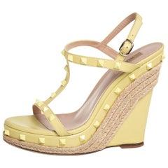 Valentino Pale Yellow Leather Rockstud T-Strap Wedge Platform Espadrille Sandals
