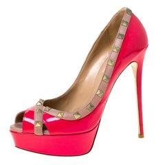 Valentino Pink/Beige Patent Leather Rockstud Peep Toe Platform Pumps Size 39.5