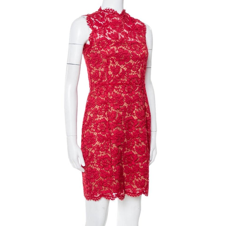 Valentino Red Lace Bow Detail Sleeveless Sheath Dress M In Good Condition For Sale In Dubai, Al Qouz 2
